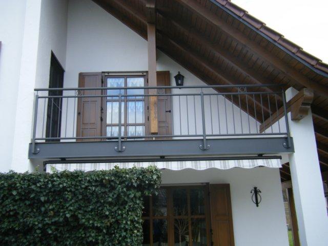 unter balkon great unter balkon komfort inspiration carport ohne with unter balkon top. Black Bedroom Furniture Sets. Home Design Ideas